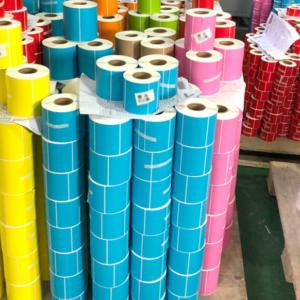 печать цветных наклеек   Etichete.eu